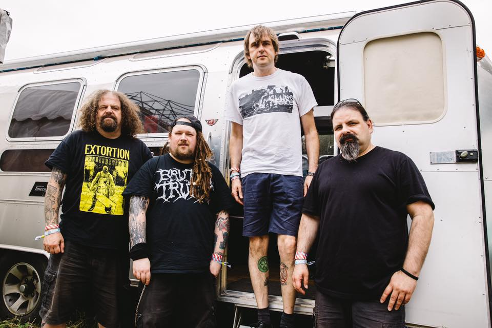 Napalm Death se hlásí ze studia